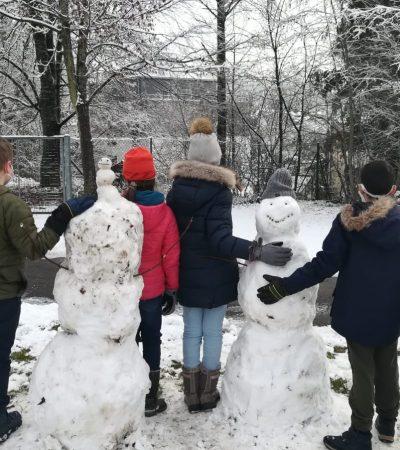 Schneemann bauen 4c